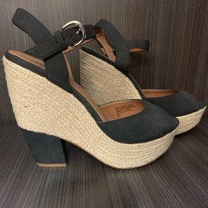 Seychelles Strappy platform peep toe block heels